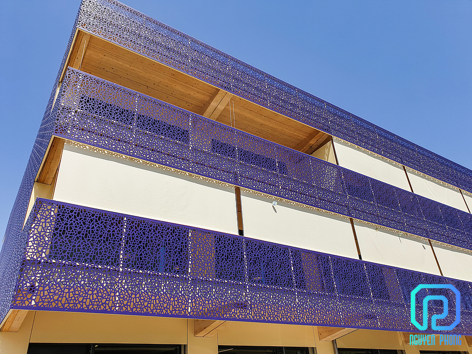 full_Balcony_Cladding_Bruag_Cellon_8mm_Perforation_50100_Nyon_Route_de_Sant_Cergue__1__-_edited.jpg